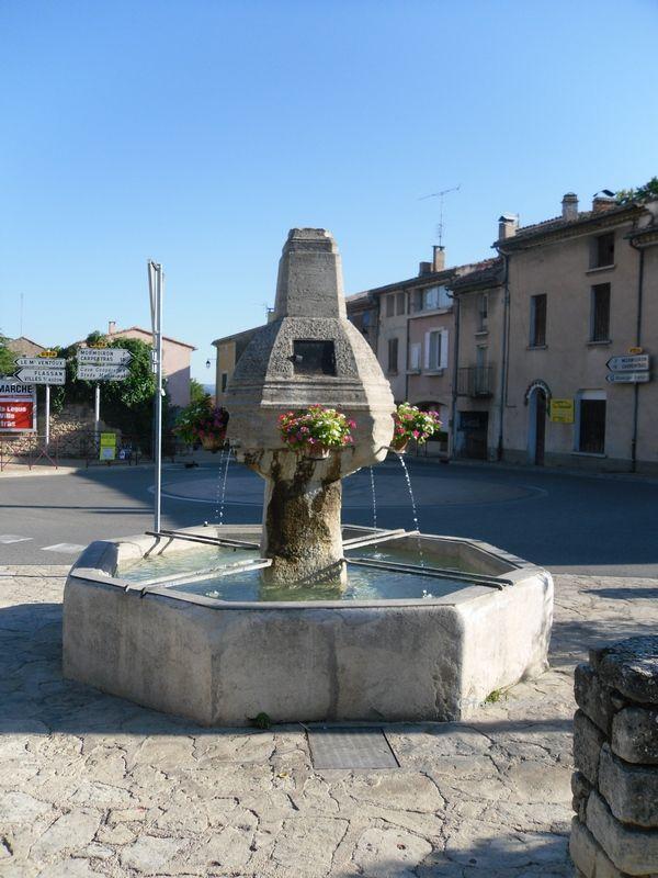 Fontaine à Bédoin