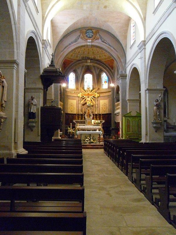 Intérieur de l'église d'Aubignan