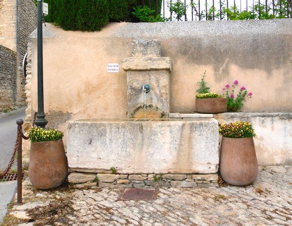 fontaine de Cabrières d'Avignon