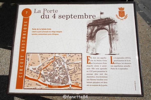 Plaque explicative de la Porte du 4 septembre à Bédarrides