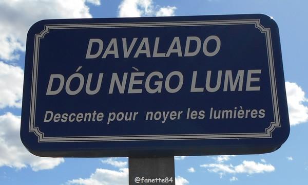 Panneau en provençal à Bédarrides