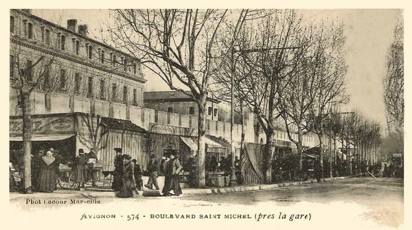 Avignon. Boulevard Saint Michel