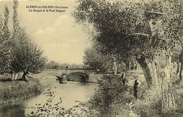 Althen Les Paluds. La Sorgue et le Pont Naquet.