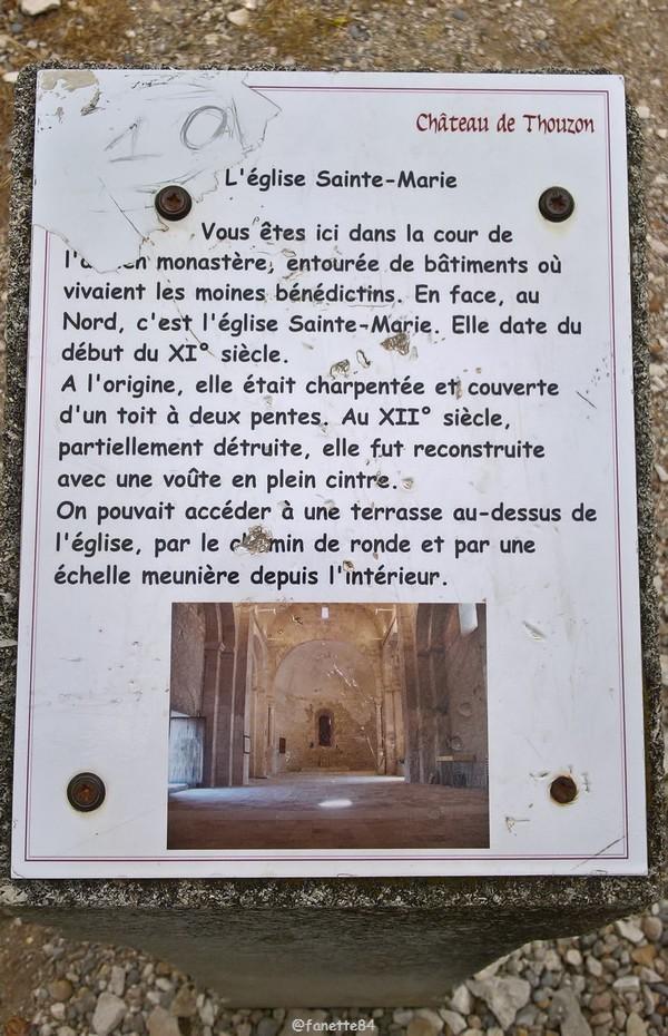 Panneau explicatif de l'église Ste Marie au Château de Thouzon au Thor