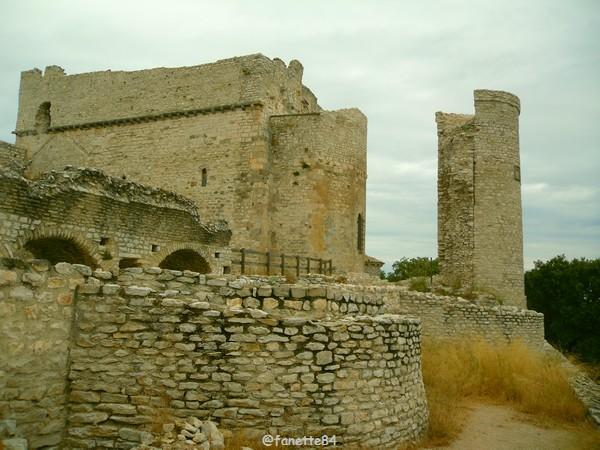 Château de Thouzon au Thor