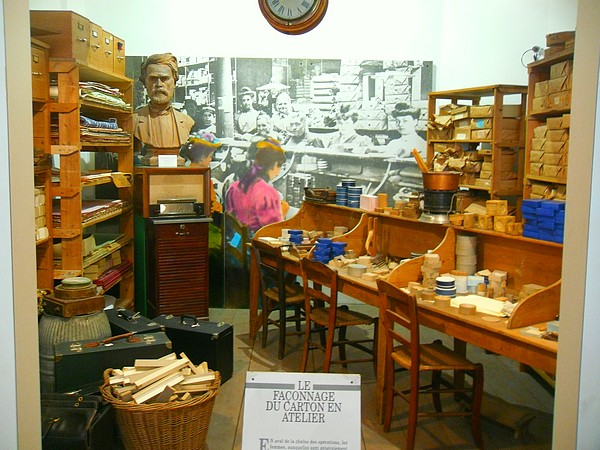 Musée du carton à Valréas