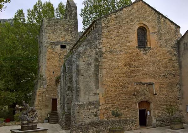 Eglise Saint Véran à Fontaine de Vaucluse