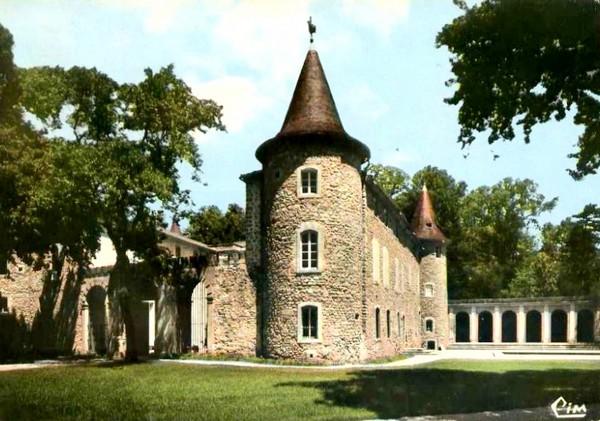 Château de Causans à Jonquières