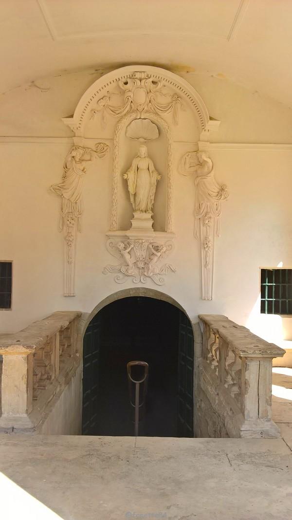 Vierge à la chapelle Notre Dame de Pareloup à Mazan