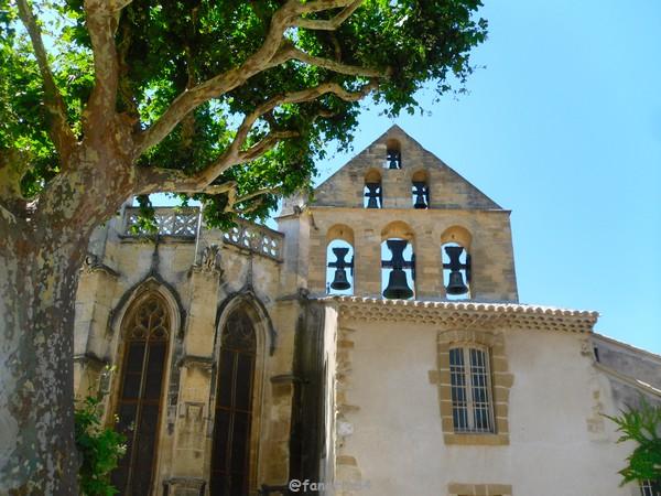 Cloches de l'église de St Michel à Caderousse