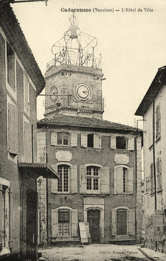 Hôtel de ville à Caderousse