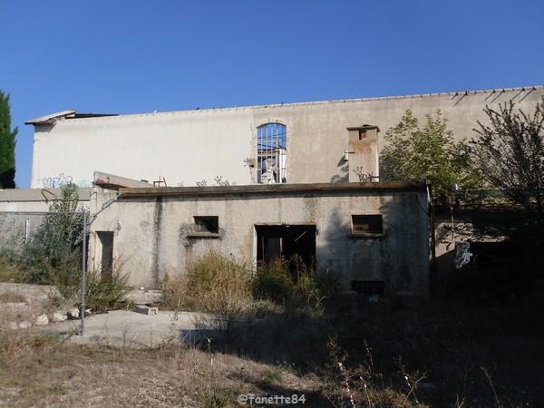 Anciennement usine à pâtes à Bédarrides