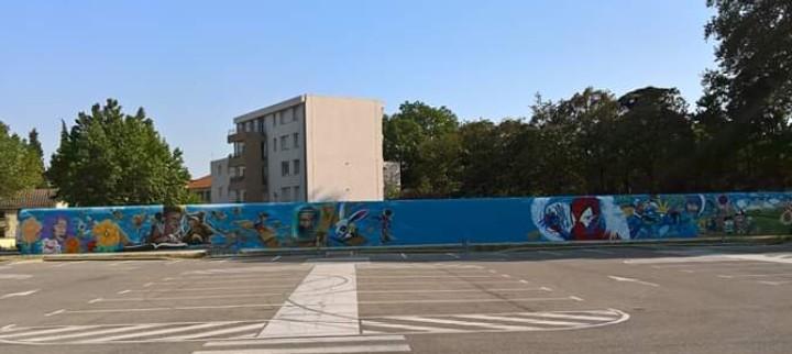 La fresque de Courthez'art, inaugurée le 15 juin au parling Luther King.
