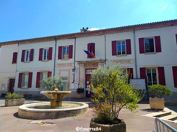 Mairie à Villes sur Auzon