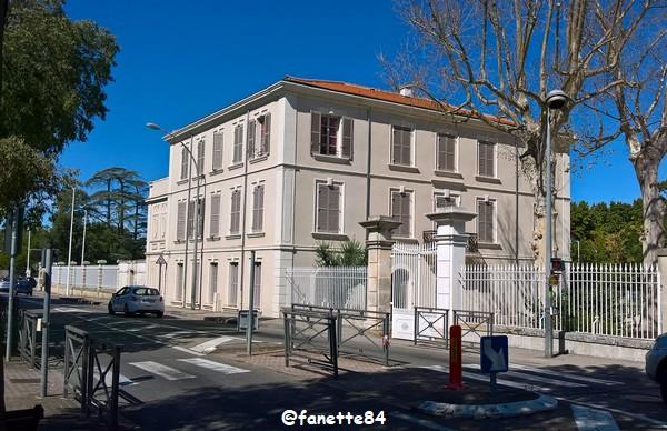 Château Gentilly à Sorgues septembre 2020