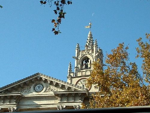Le clocher Jacquemart à Avignon