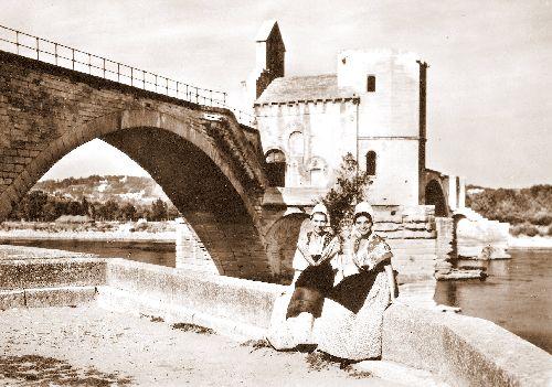 Comtadines et Pont Saint Bénézet