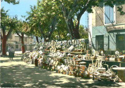 Exposition de balais en 1975 à Lapalud