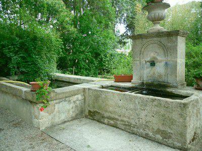 Fontaine du jardin d'agrément de Jean-Henri Fabre