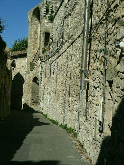 Remparts du 16éme à Pernes les Fontaines