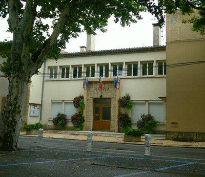 Mairie du village de Violés