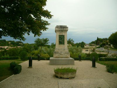 Monument aux morts de Saint Romain en Viennois