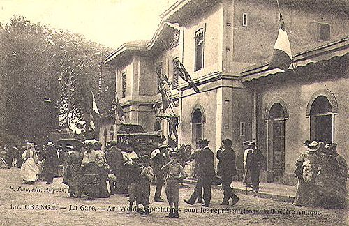 LA GARE D'ORANGE