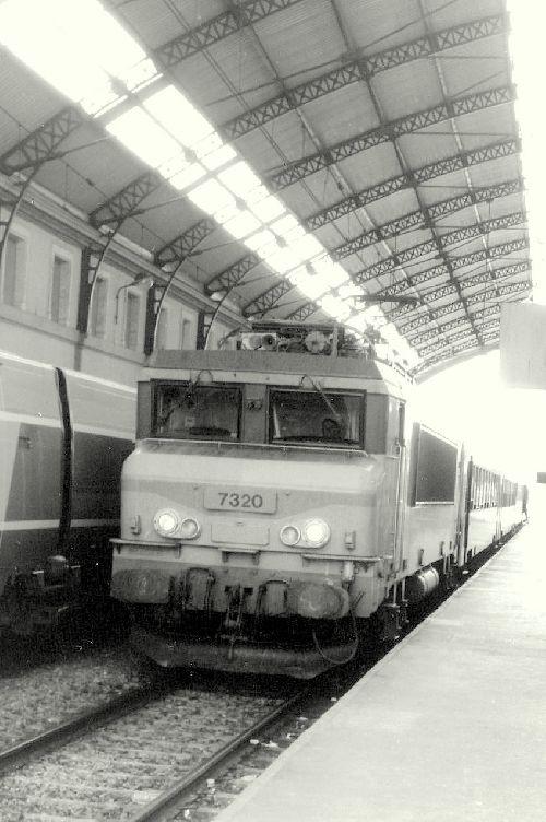 BB 7320 EN GARE D'AVIGNON