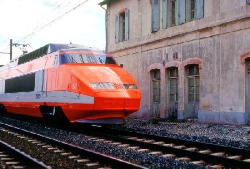 TGV A PIOLENC