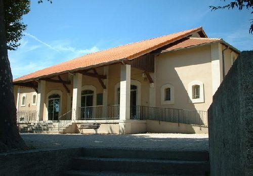ANCIENNE HALLE DE GRILLON