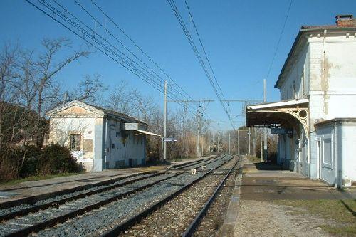 gare de st saturnin côté voies