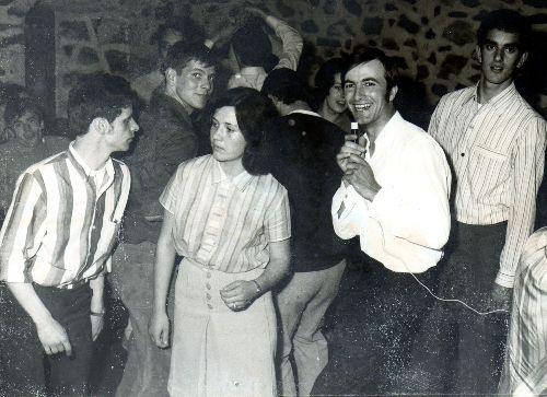 Tony FRANK anime une soirée dans un club de Nontron