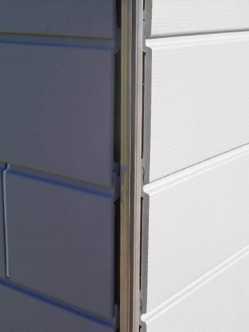 pose du bardage werzalit c t sud et suite des cloisons. Black Bedroom Furniture Sets. Home Design Ideas