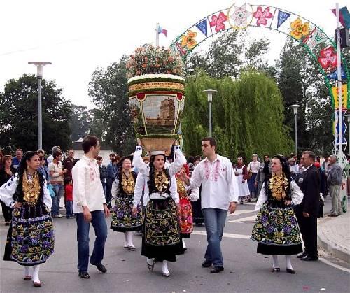 Fête des roses au Portugal Url_artimage-161774-875606-57272