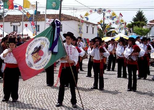 Fête des roses au Portugal Url_artimage-161774-875613-54656