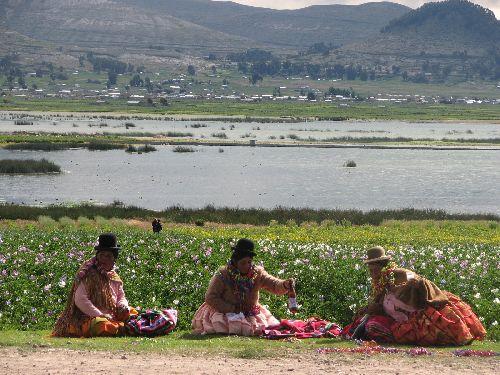 Fete traditionelle autour du lac