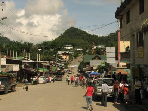 Mindo-  La grande calle