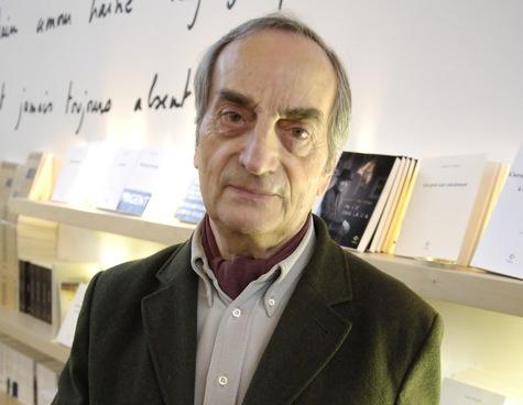 Charles-Juliet-recoit-le-prix-Goncourt-de-la-poesie_article_main.jpg