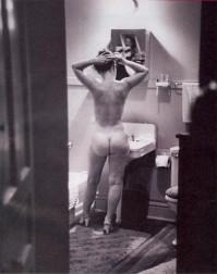 Simone-de-Beauvoir-faisait-tout-simplement-sa-toilette--nue.jpg