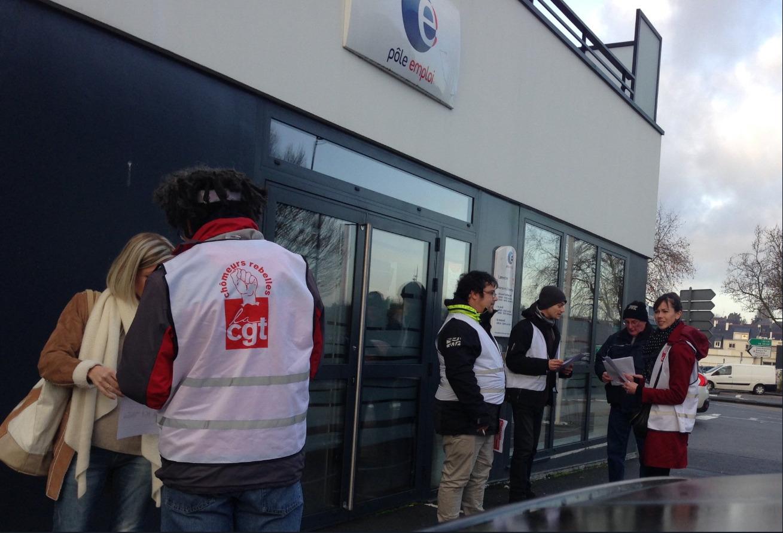 Screenshot_2018-12-17 cgt chômeurs 56 sur Twitter Action #CGT #Chomeurs au #PoleEmploi de #Lanester Distribution de tracts [...].jpg