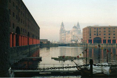 Liverpool: quand les docks naissent de la brume