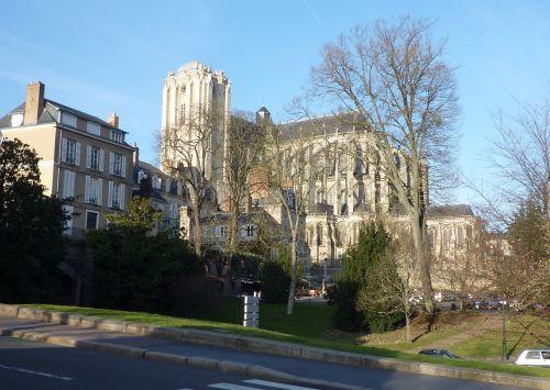 La Cathédrale saint Julien
