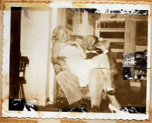 Avec A.Miller, son mari