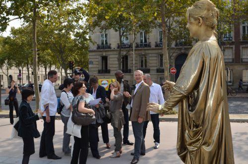 statue dorée aux Invalides (agence Néovent)