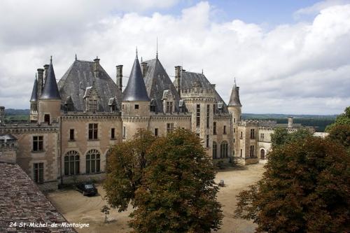 chateau de Montaigne.jpg