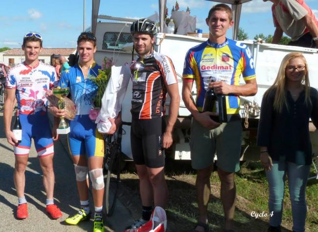 1- podium.jpg