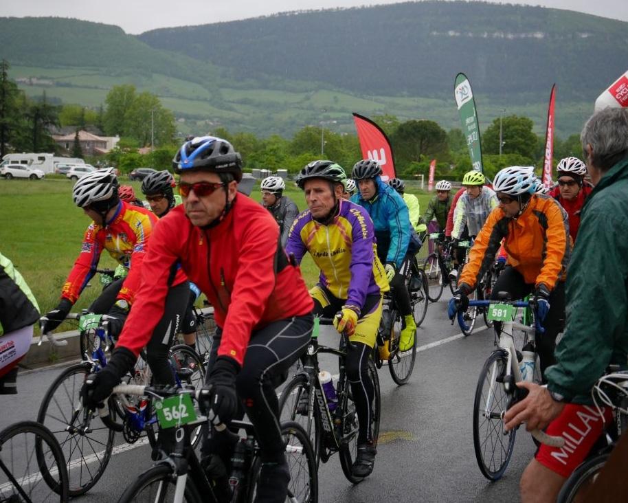 2018-05-13-Ronde des Causses - 02 (914x732).jpg