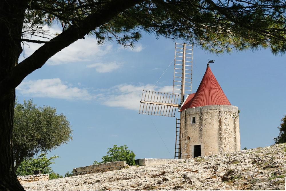 Moulin-de-Daudet.jpg