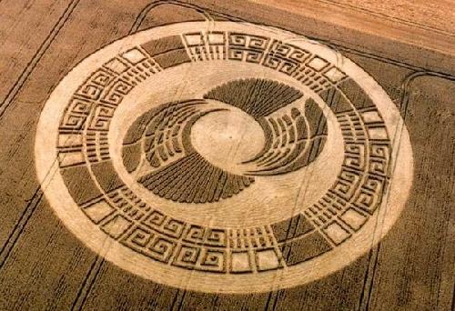 Crop circle de Silbury Hill et correspondances avec le calendrier maya