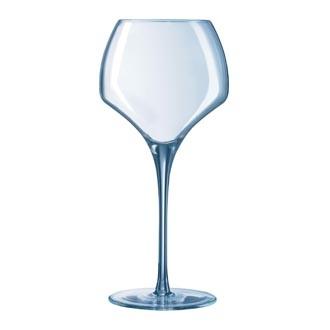 Le verre, très souvent utilisé pour parler aux morts